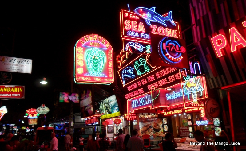 Pattaya-nightlifeWalking-Street