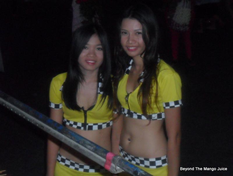Bar salary thai girl Bangkok Bar