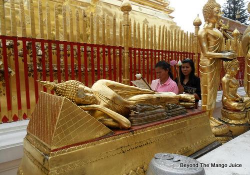 reclining-buddha-chiang-mai