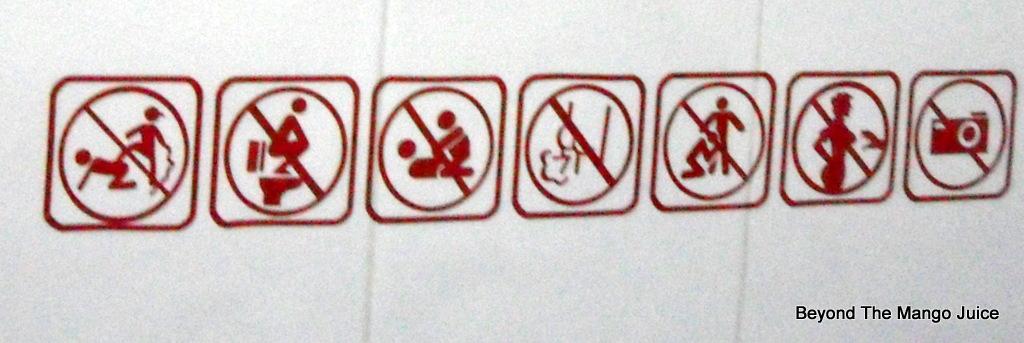 funny-Thai-toilet-signs