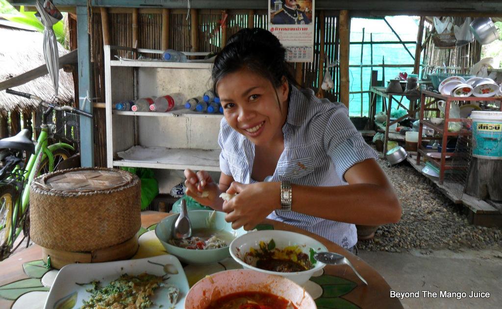 Thai and English Tinglish Conversation - Time Difference