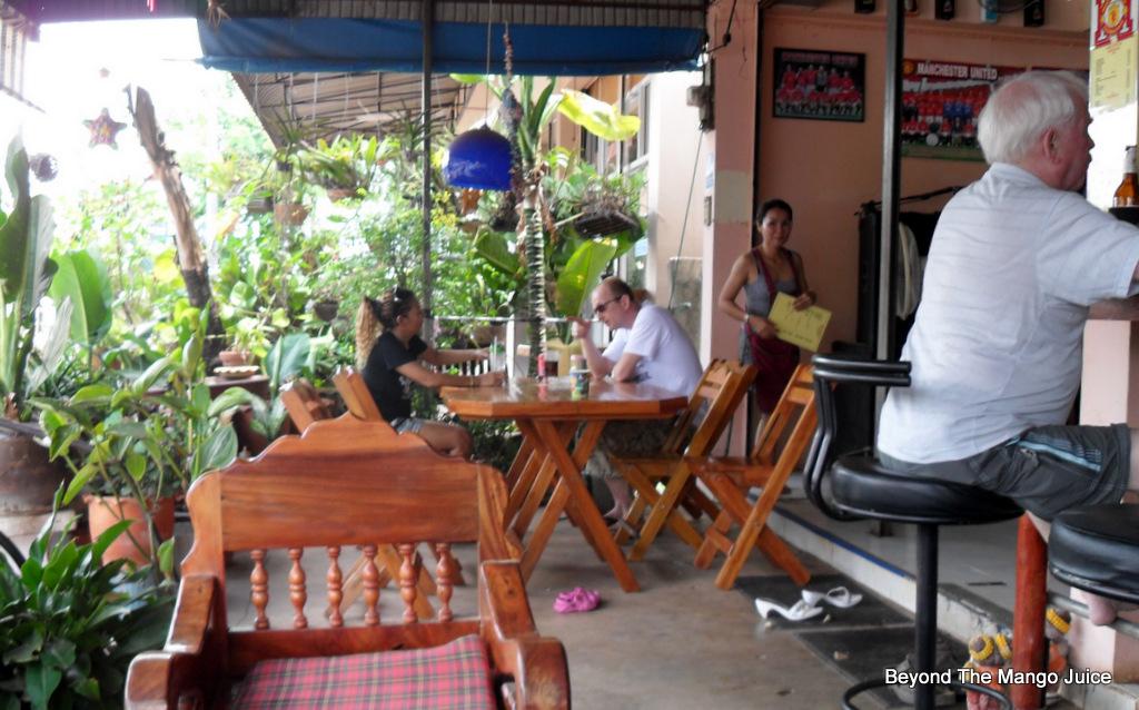 eddie's-bar-ban-dung-udon-thani