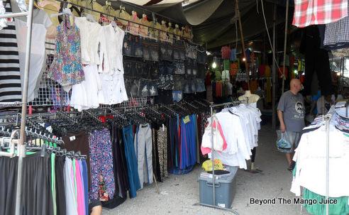 soi-buakhao-market-pattaya-thailand