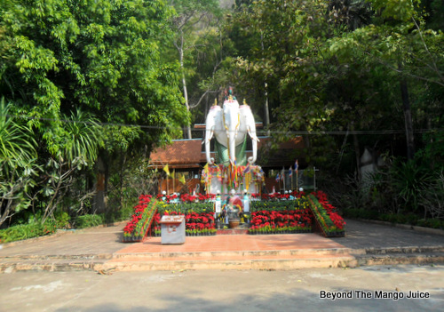 white-elephant-erawan-cave