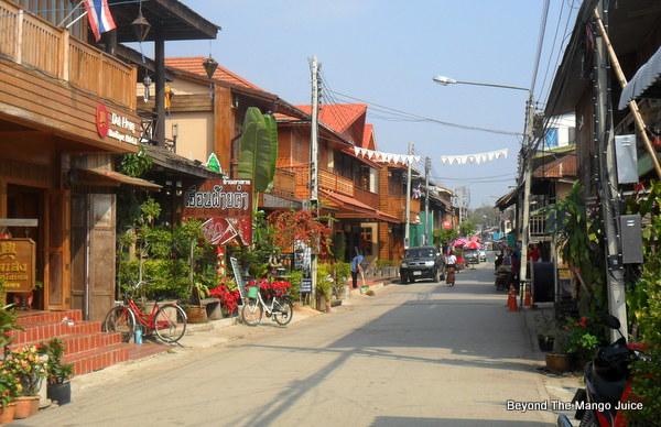 Teak Wood Town – Chiang Khan in Loei Province