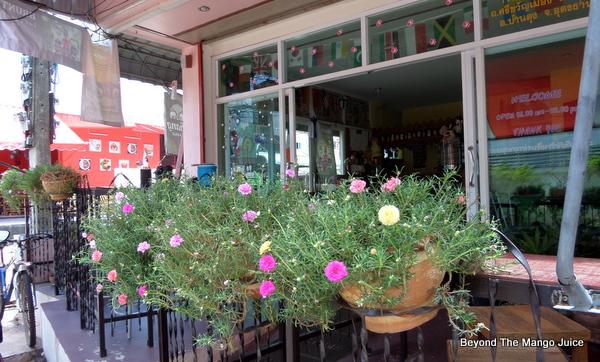 Happy Buddha Bar in Ban Dung