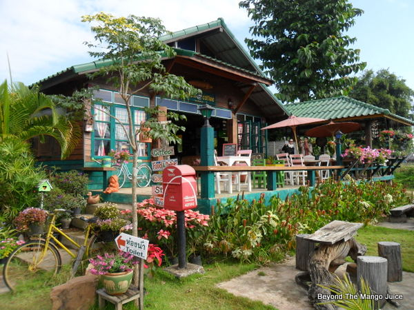 love-loei-coffee-shop-phu-rua