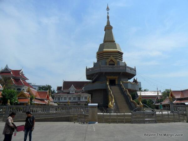 Wat Phothisomphon Udon Thani